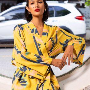 Découvrez notre Kimono pour femme Taiwan Jaune, le must dans votre garde robe