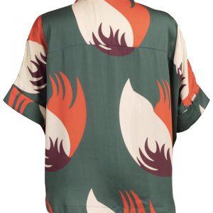 Découvrez notre chemise pour femme Chiang Mai green, l'incontournable de votre dressing