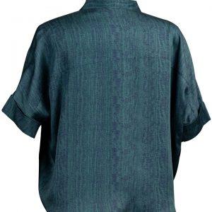 Découvrez notre chemise pour femme Seoul green, l'incontournable de votre dressing