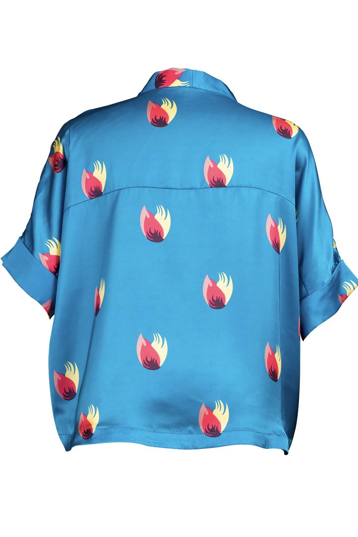 Découvrez notre chemise pour femme Shanghai Bleue, l'incontournable de votre dressing
